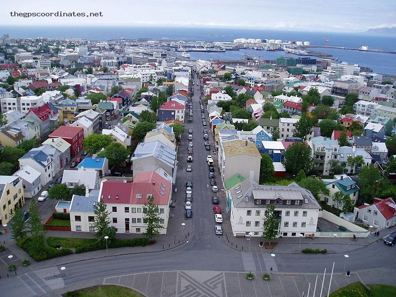 Latitude And Longitude GPS Coordinates Of Reykjavík Iceland Europe - What is the latitude and longitude of iceland